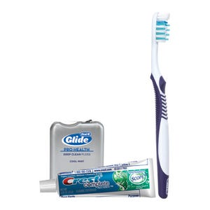Oral-B Daily Clean Solution Manual Toothbrush Bundle